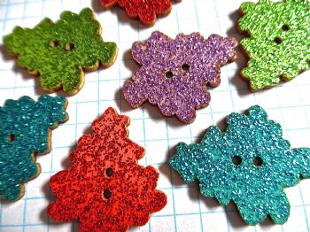 8 Wooden Assorted Glitter Christmas Tree Buttons